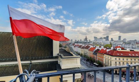 Атомната и възобновяемата енергия ще помогнат на Полша да постигне нисковъглеродна икономика