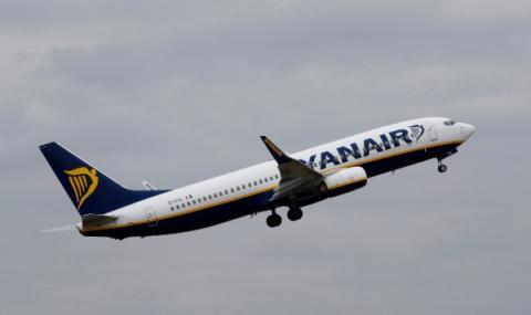 Райънеър възобновява полети