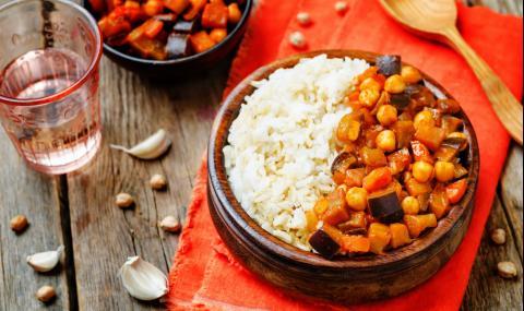 Рецепта за вечеря: Къри с патладжан и нахут