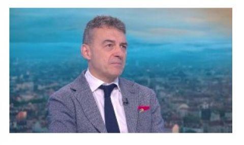 Проф. Петров: Автоматични външни дефибрилатори трябва да има на обществени места