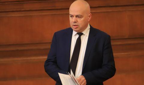Георги Свиленски: Притесняват се Борисов да не се самоунижи, ако дойде в Народното събрание