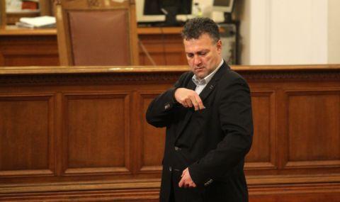 Валентин Николов, БЕХ: Либерализацията на едро на пазара няма да заработи без парламент