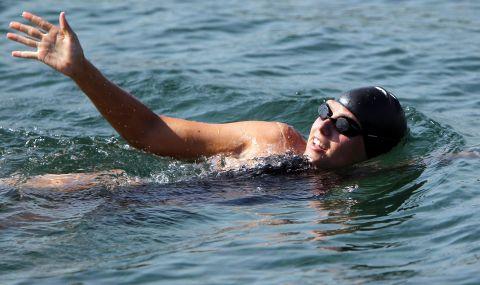 36-годишна австралийка постави световен рекорд за най-много преплувания на Ла Манша - 1