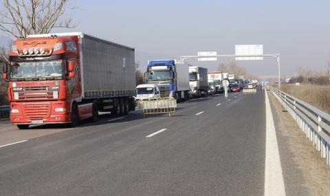 България моли ЕК шофьорите да почиват в кабините си