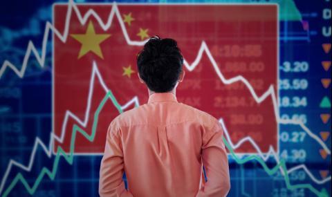 Китай се опитва да възстанови икономиката, без да стартира нова вълна зарази