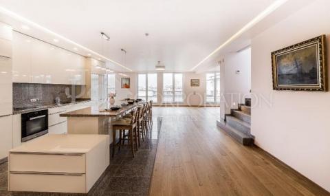 Продават жилище в сграда на изкоп за 3342 EUR/кв.м