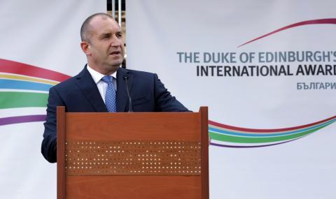 Румен Радев няма да създава политически проект