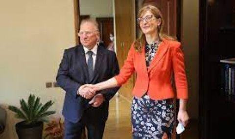 Външно: Нямаме оторизация да променяме рамковата позиция на България