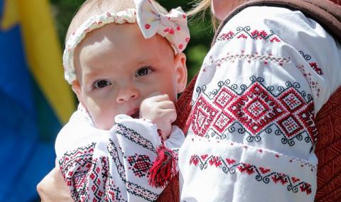 Корона-бебетата от Киев
