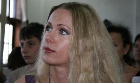 Наша топ писателка лудо влюбена в Божков