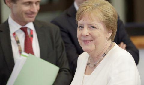 Европа и дори Германия бойкотират Меркел