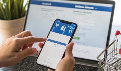 Facebook тръгва срещу YouTube