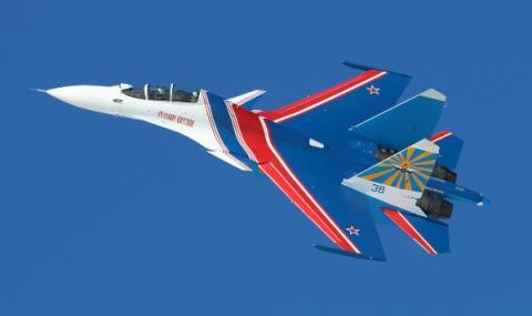 Су-30 погна американски самолет