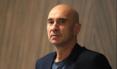 Министър Комитова уволни председателя на АПИ Апостол Минчев