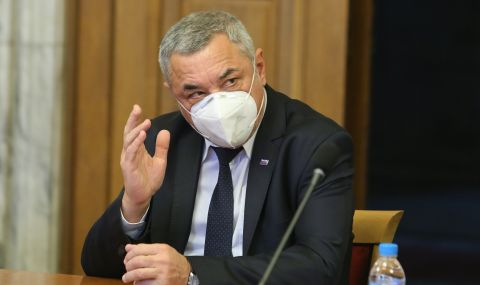 Валери Симеонов: С ВМРО сме на изборите. Засега