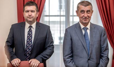 Министър в Чехия търси обезщетение от медия