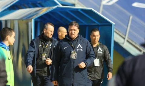 Левски спаси лиценза си за новия сезон, след като се разплати с Петър Хубчев - 1