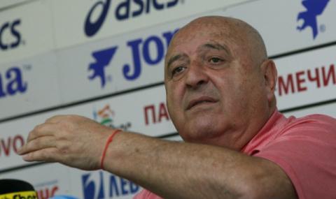 Венци Стефанов: Искат да ни разклатят преди баража с Ботев