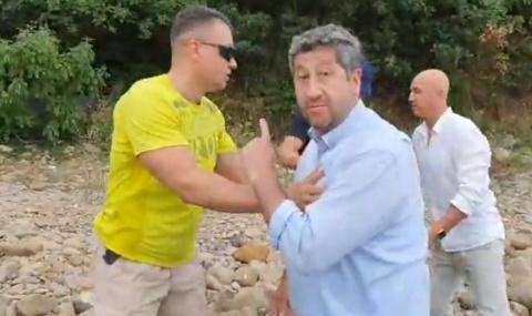Гардове изблъскаха в морето Христо Иванов, опитал да стигне до сарая на Доган в