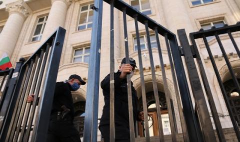 Постоянен арест за обвинените за нападението срещу Слави Ангелов