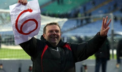 Стойчо Младенов: Играем мач за мач!