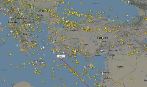 Самолетът на Божков кацна в Атина