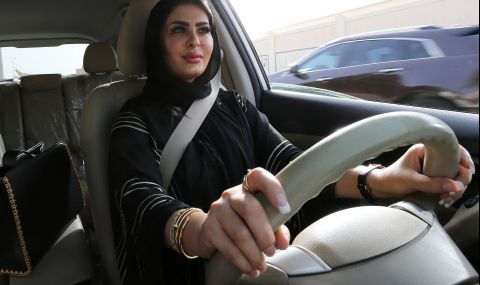 """Феминистка от Саудитска Арабия получи наградата """"Вацлав Хавел"""""""