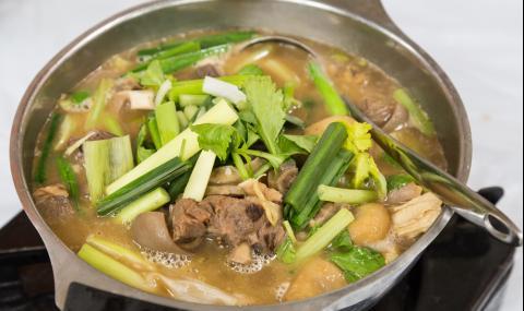 Рецепта за вечеря: Агнешки кебап с пресни подправки