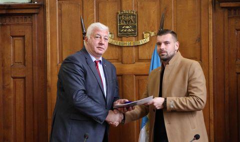 Вратар се сбогува емоционално с Локомотив Пловдив
