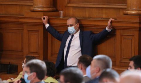 """Христо Проданов, БСП: """"Има такъв народ"""" е с най-голям потенциал да състави правителство"""