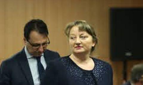 Сачева: Има свръхочаквания към държавната администрация