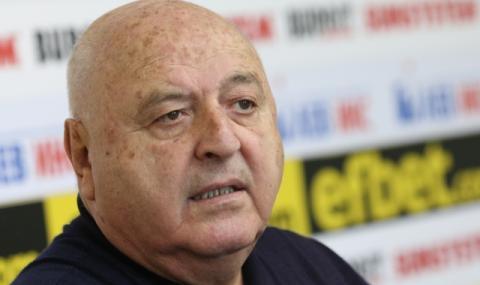 Венци Стефанов: Букарев е умно момче, знае какво говори и явно има дупе
