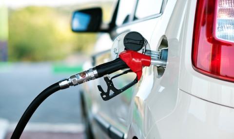 Гръцки министър обеща горивата да не поскъпват