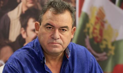 Богомил Бонев: ДБ, жалки наивници, искате лустрация... ами изгонете Гнома!