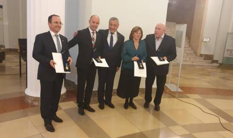 Унгарският парламент с приветствие към България, Валери Симеонов лично поздравен от Орбан - 2
