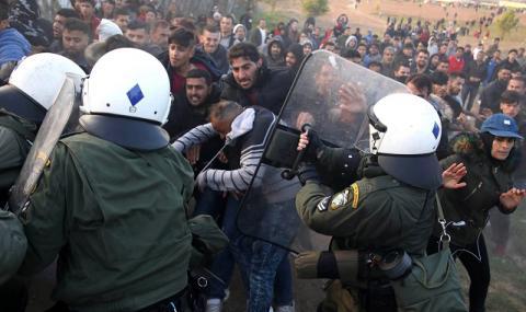 Турция готви силово решение за мигрантите