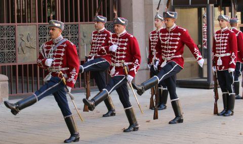 Търсят се 50 гвардейци