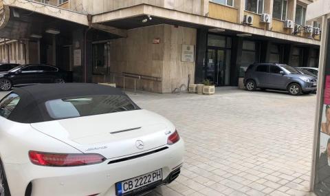 Илиян Василев: Караниколов в карантина, а ходи на работа