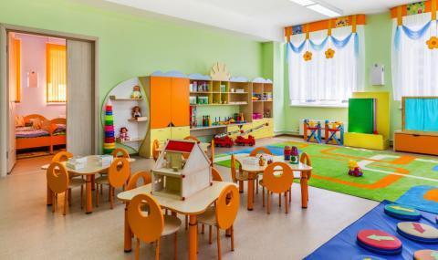 Родители скочиха срещу недостига на места в детските градини и ясли в София