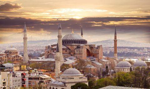 Турция: САЩ ни причиниха рана, която трудно ще бъде отстранена