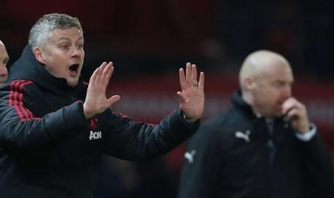 Напрежение в Манчестър Юнайтед, Солскяер скочи на  футболен агент