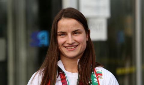 Страхотен успех за България! Биляна Дудова със злато на Световното по борба! - 1