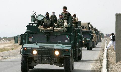 Талибаните превзеха ключови гранични пунктове