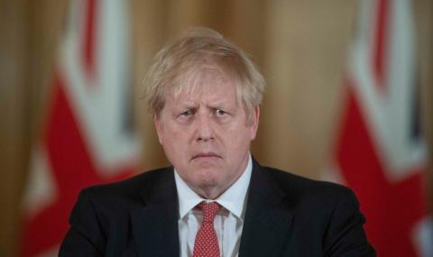 Британският премиер разпореди хората да не излизат от дома си