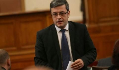 Биков: Българите сме болни хора