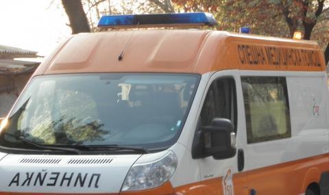 Мъж, работил в Банско, е откаран с линейка към Стара Загора