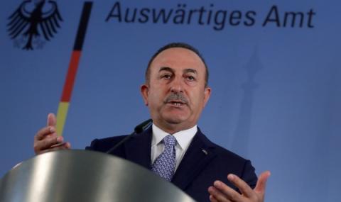 Турция настоява Франция да се извини