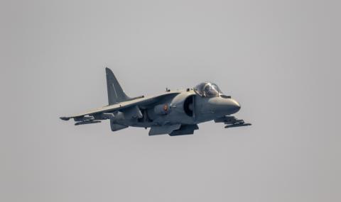 Испански военен самолет се разби