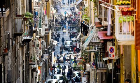 Италия потвърди: Кривата тръгна надолу