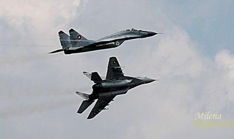"""Командирът на Авиобаза """"Граф Игнатиево"""" каза колко часа нальот е имал загиналият пилот"""